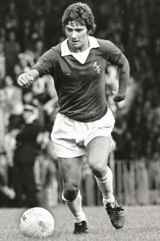 Mick Buckley playing for Everton