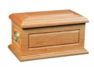 photo of a casket suitable for the burial of ashes